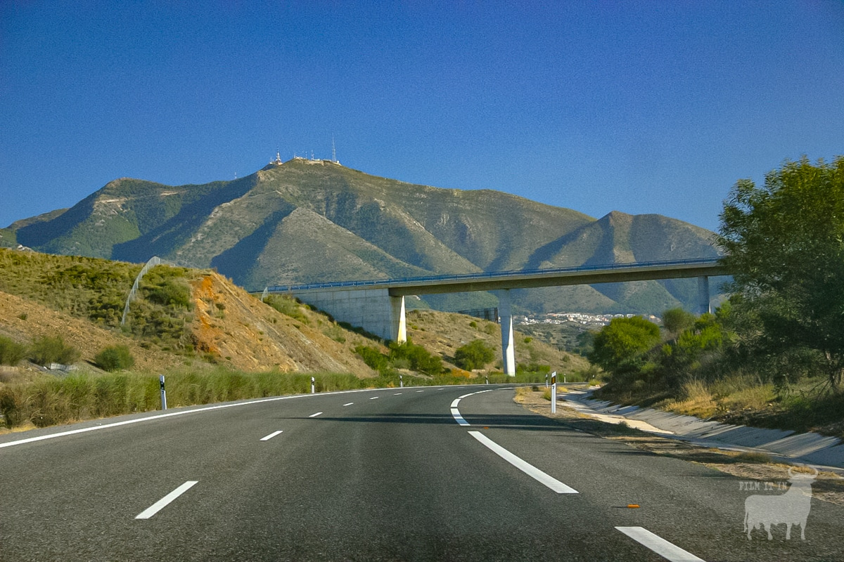 Andalucian motorways pass through splendid landscapes